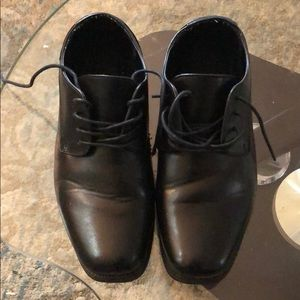 Perry Ellis Portfolio dress shoes